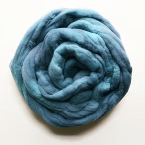 BLUEFIN hand dyed merino wool roving