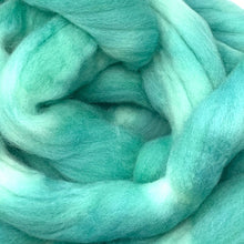 Load image into Gallery viewer, MADE in the JADE hand dyed roving merino wool. Knitting spinning felting fiber. Extra Fine 64s (21.5 micron). green extra fine wool. 4 oz