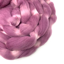 Load image into Gallery viewer, MAUVELOUS Mauve hand dyed roving merino wool. Knitting spinning felting crafting wool fiber. Extra Fine 64s. dusty purple pink wool. 4 oz.