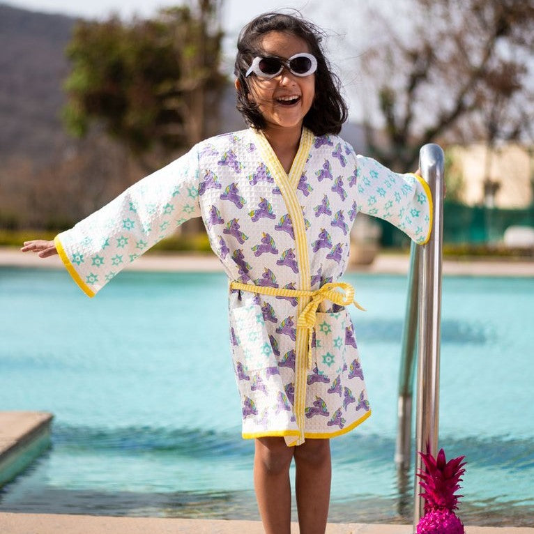 Girl's Clothing: Bath Robes