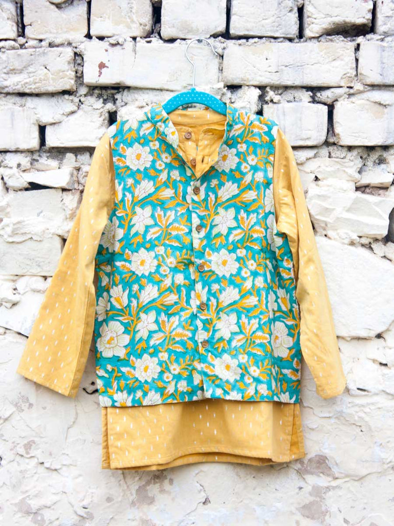 Tarang Long Kurta Pajama Jacket Set of 3