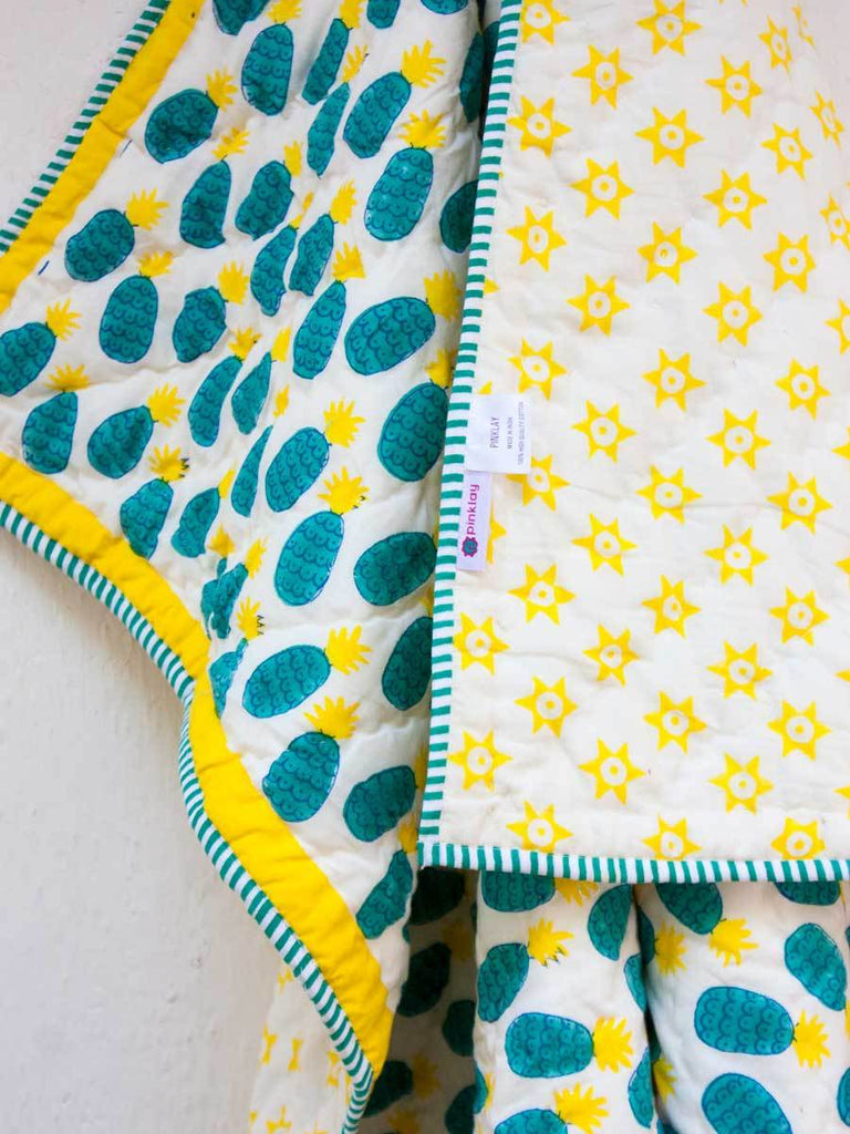 Firozi Ananas GOTS Certified Organic Cotton Reversible Quilt for Infants - Pinklay