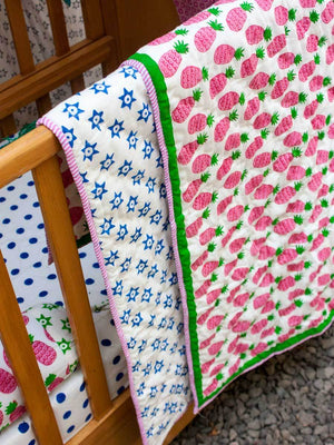 Gulaabi Ananas GOTS Certified Organic Cotton Reversible Single Bed Quilt
