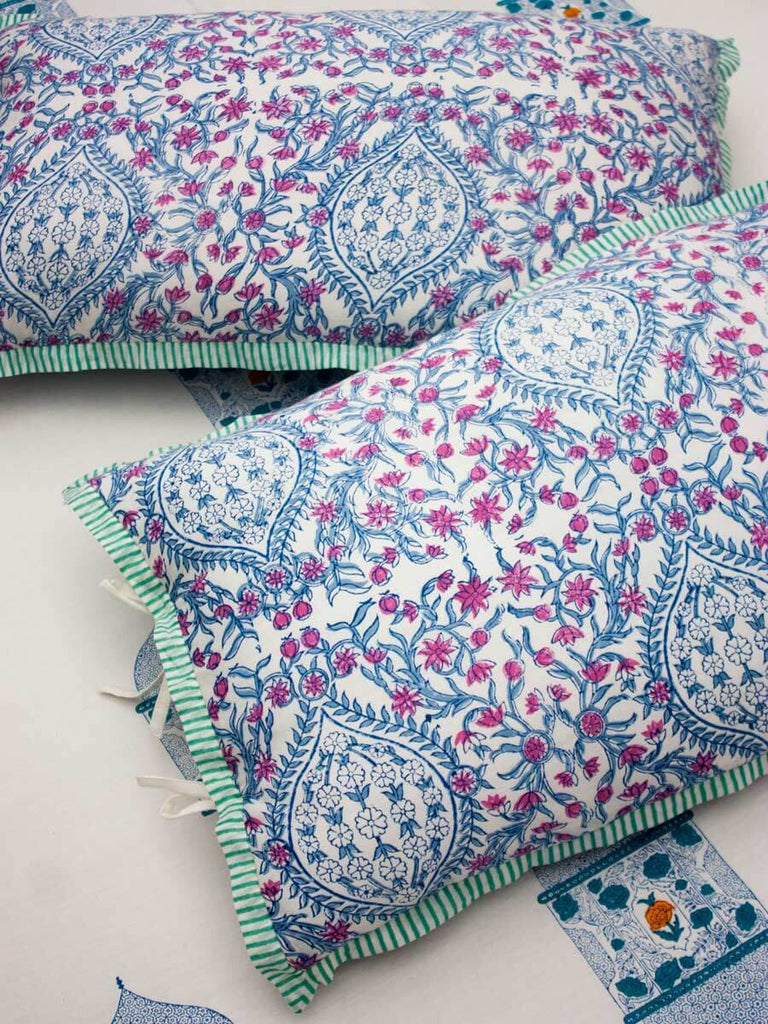 Noor Hand Block Print Cotton Bed Sheet Set With Complementing Pillow Covers - Pinklay