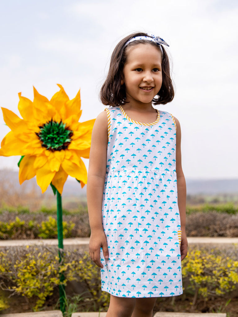 Blue Umbrella Everyday Dress With Pocket - Pinklay