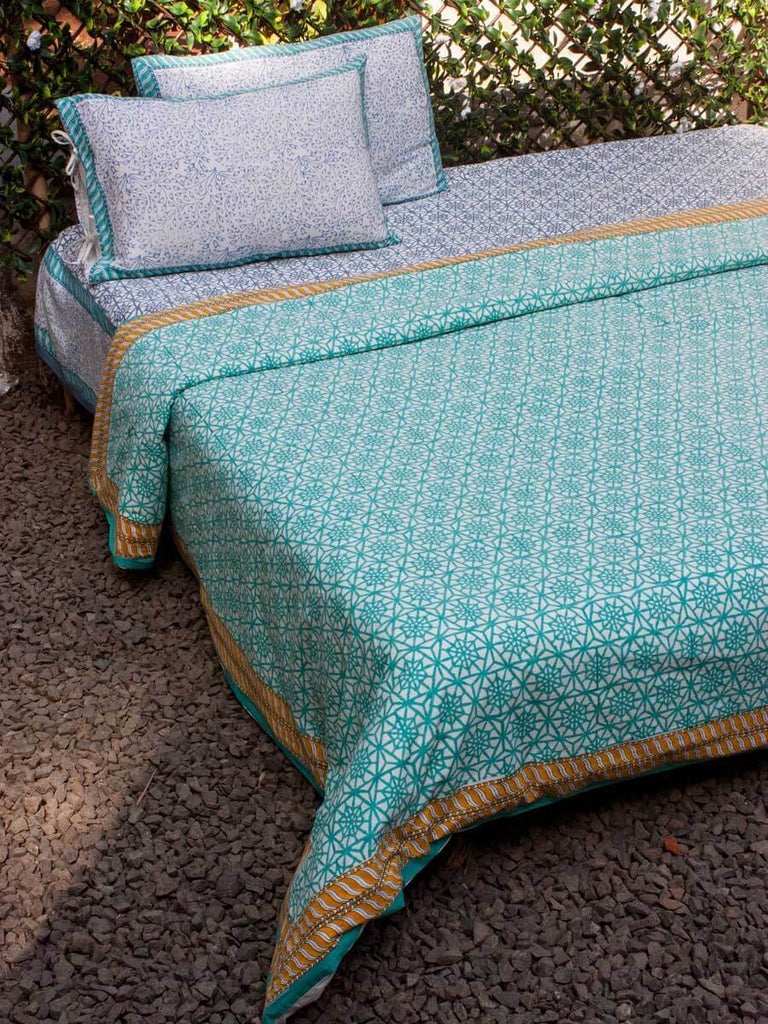 Turquoise Geometrical Cotton King Size Duvet, Quilt Cover With Zip Enclosure - Pinklay
