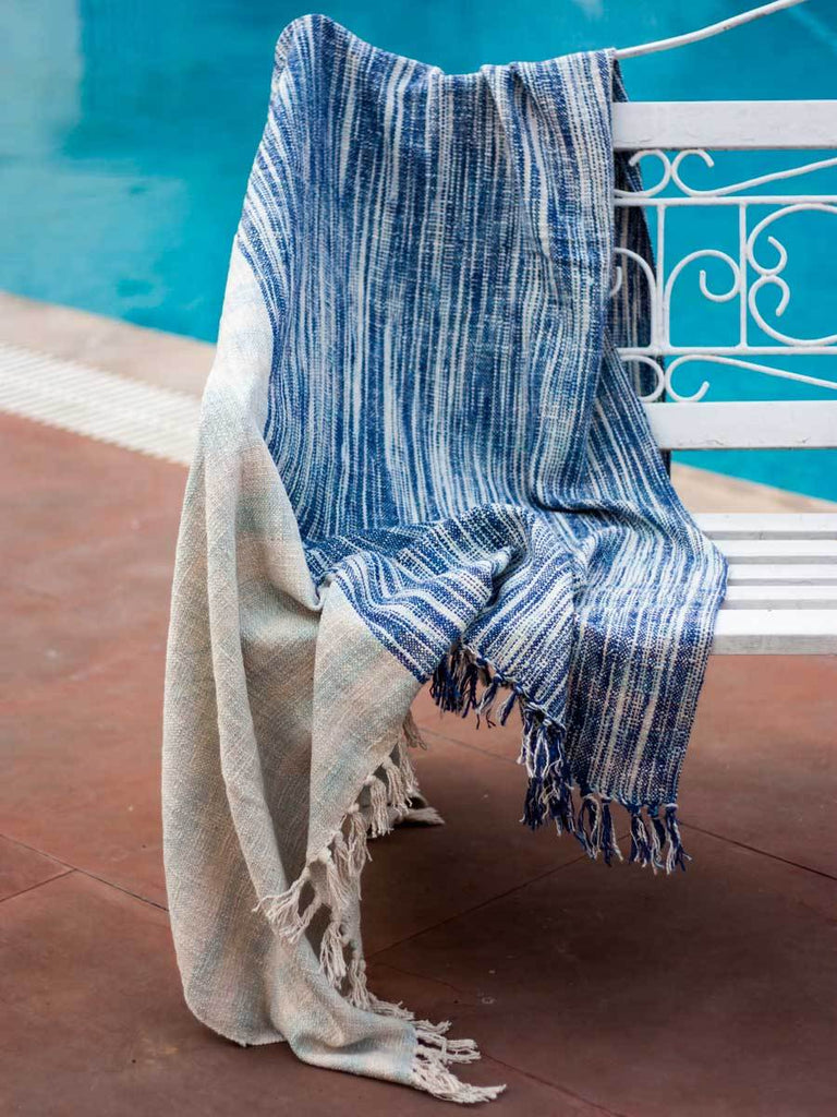 Twilight Handwoven Cotton Throw With Tassels - Pinklay