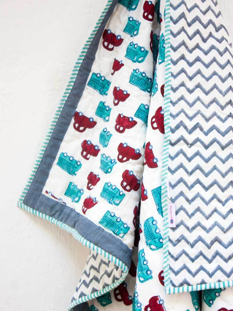My Red Car GOTS Certified Organic Cotton Reversible Quilt for Infants - Pinklay