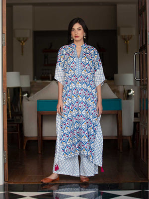 Palace Garden Modal Silk Kaftan Dress With Tassels - Pinklay