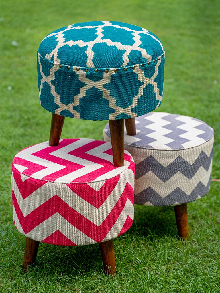 Upholstered Ottomans - Pinklay