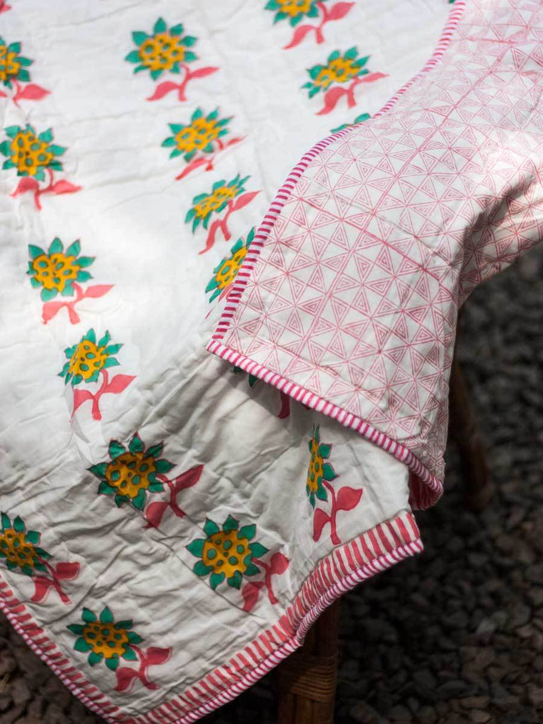 Flower GOTS Certified Organic Cotton Reversible Single Bed Quilt