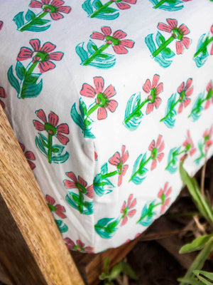 Butterfly Garden Cotton Cot/Crib Fitted Sheet - Pinklay