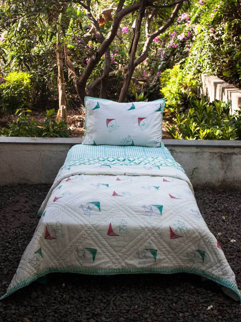 Kite GOTS Certified Organic Cotton Reversible Single Bed Quilt - Pinklay