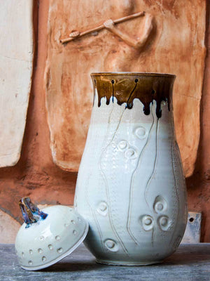 White Creeper Hand-Thrown Carved Ceramic Jar - Large - Pinklay