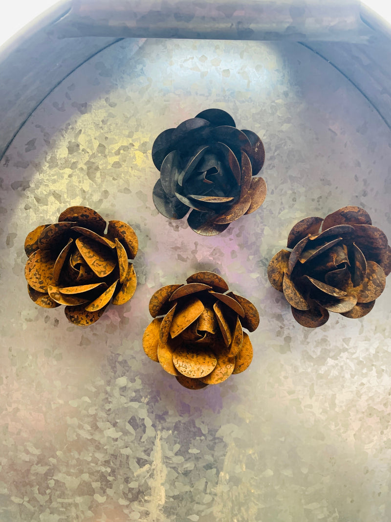 Rusted Rose Magnet