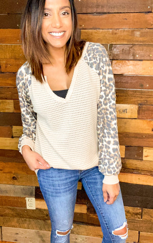 Leopard Contrast Sleeve Top
