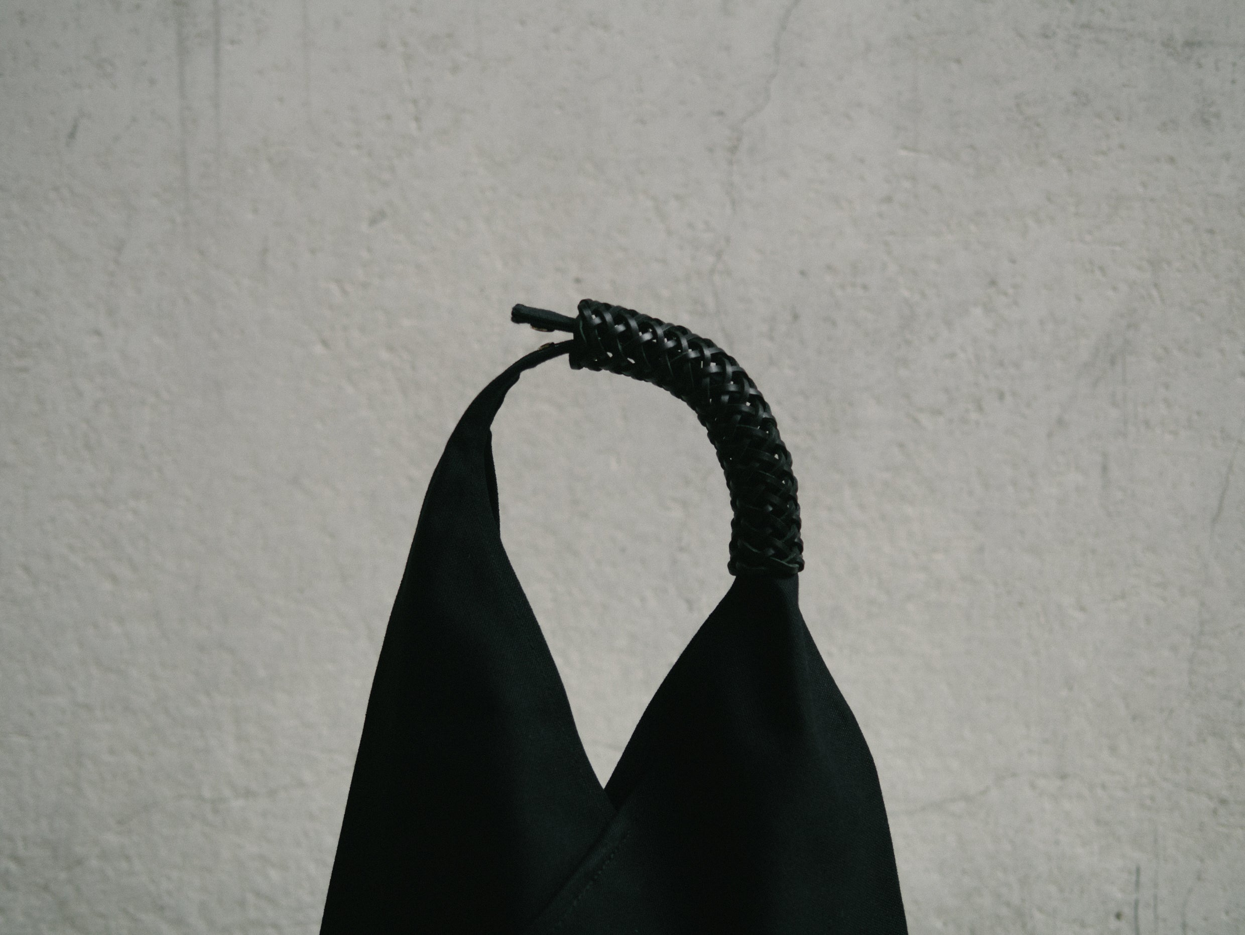 Woven Triangle Bag 58cm - All Black