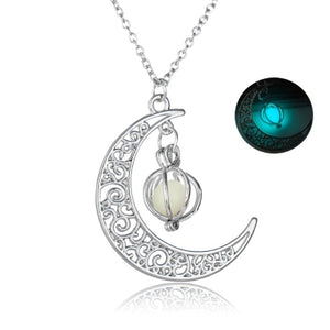 Fashion Women'S Moon Charm Luminous Stone Necklaces Pendants Jewelry
