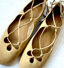 Load image into Gallery viewer, AQUATALIA BRAND NEW LACE UP BALLET FLATS, SZ 8