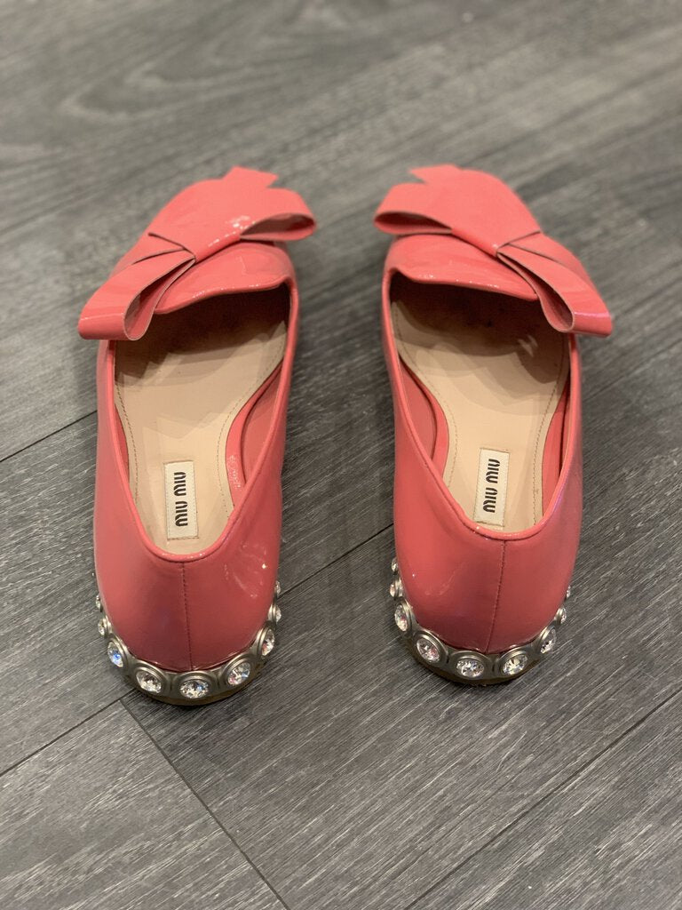 MIU MIU PATENT LEATHER SHOES, SZ 39 1/2