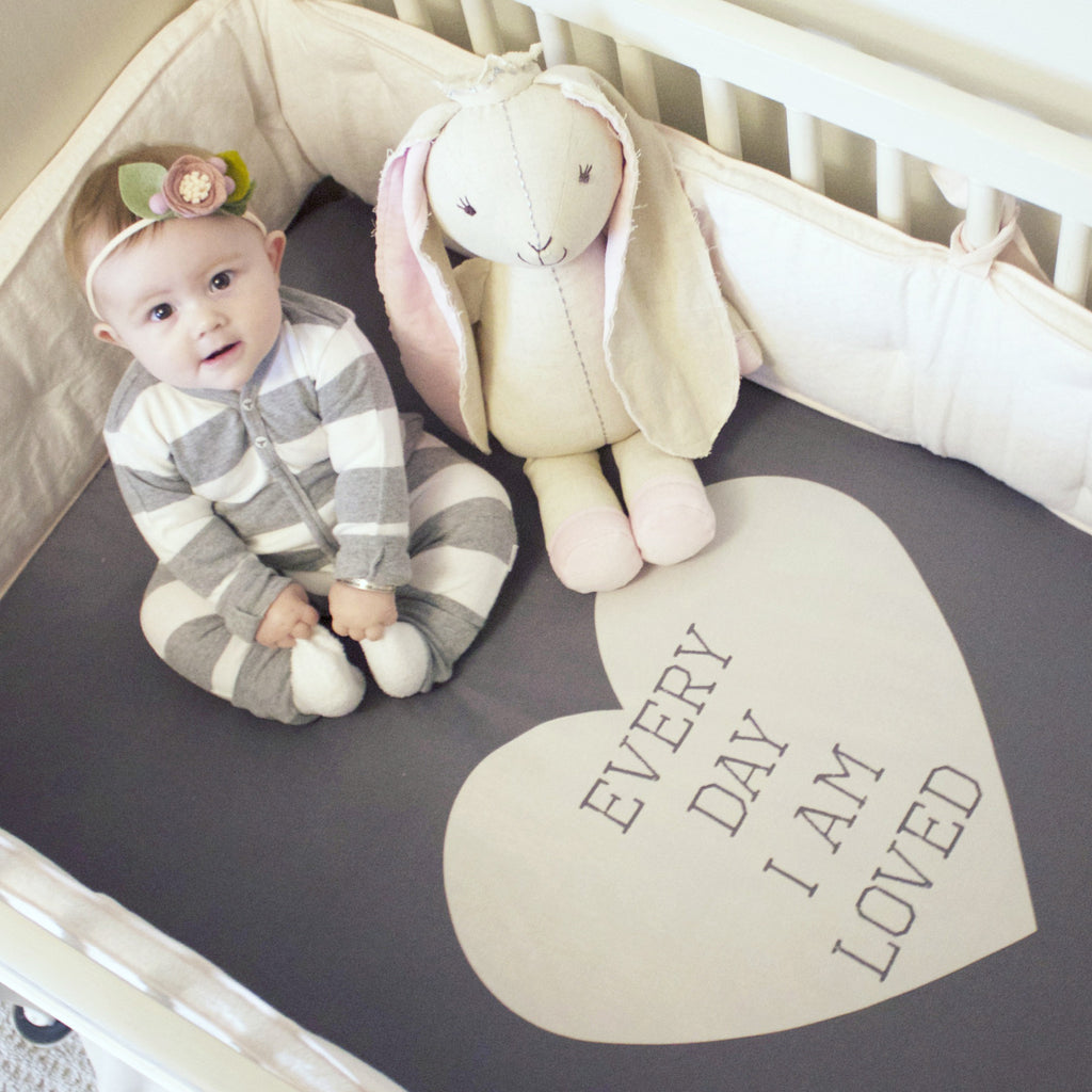 crib sheet | dark grey