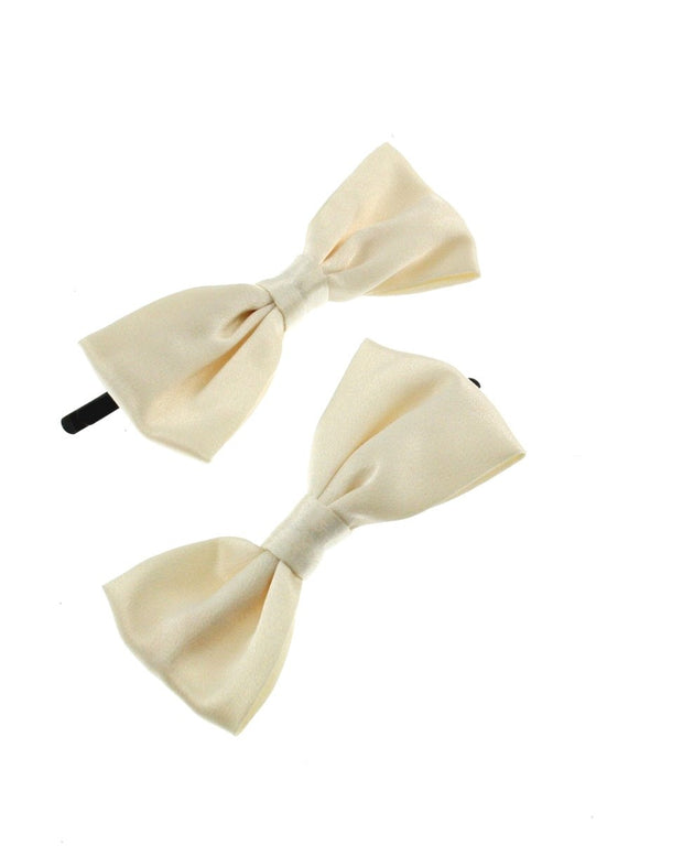 Pair of Small Satin Bows on Grip
