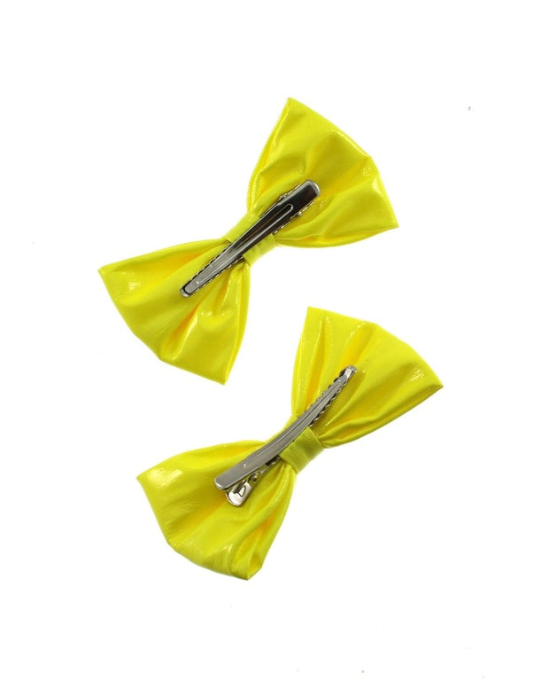 Large Neon PVC Bows on Crocodile Clip (Dimensions of bow: L: 11cm x H: 6.5cm - Dimensions of crocodile clip : 6.5cm - 60/70/80s fashion - Great for dance theme fancy dress or clubwear