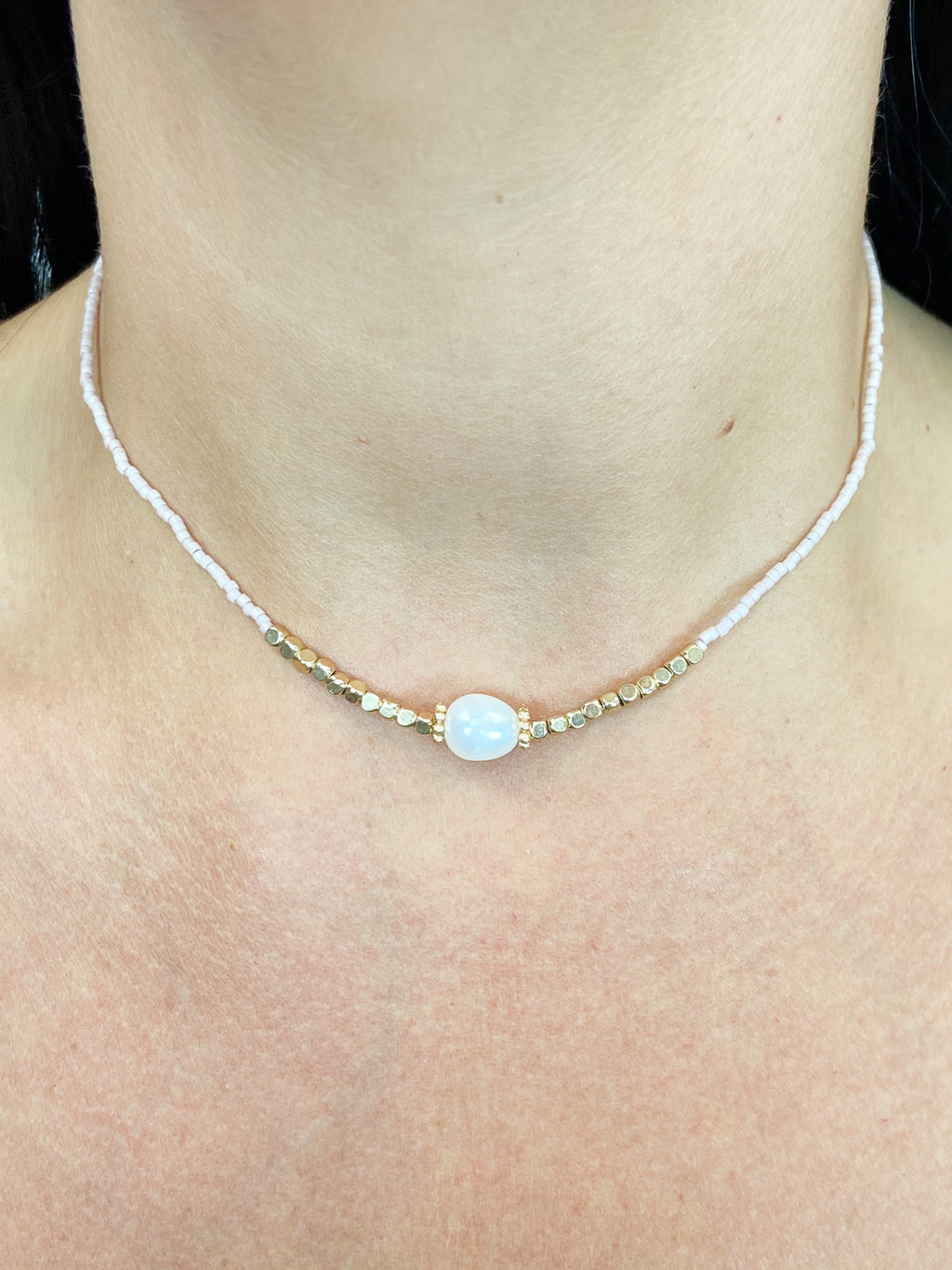Pearl Girl Choker BLUSH