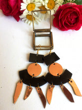 Load image into Gallery viewer, Nicté leather earrings