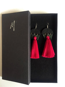 Leather earrings: Mixtli