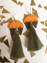 Load image into Gallery viewer, Leather earrings: Mixtli