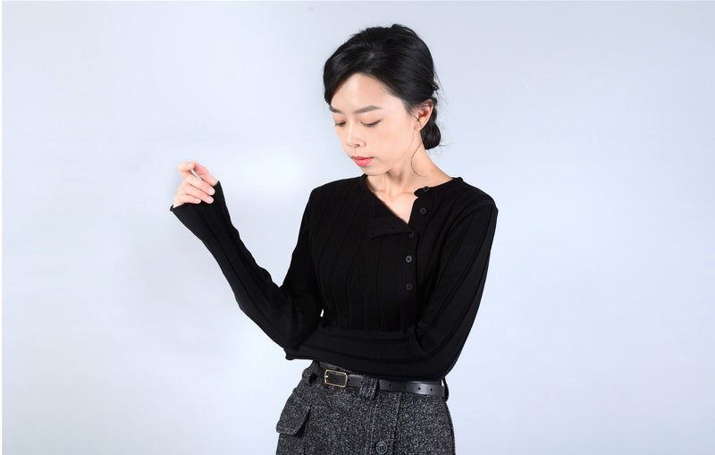 Black stripe knit top w/ buttons