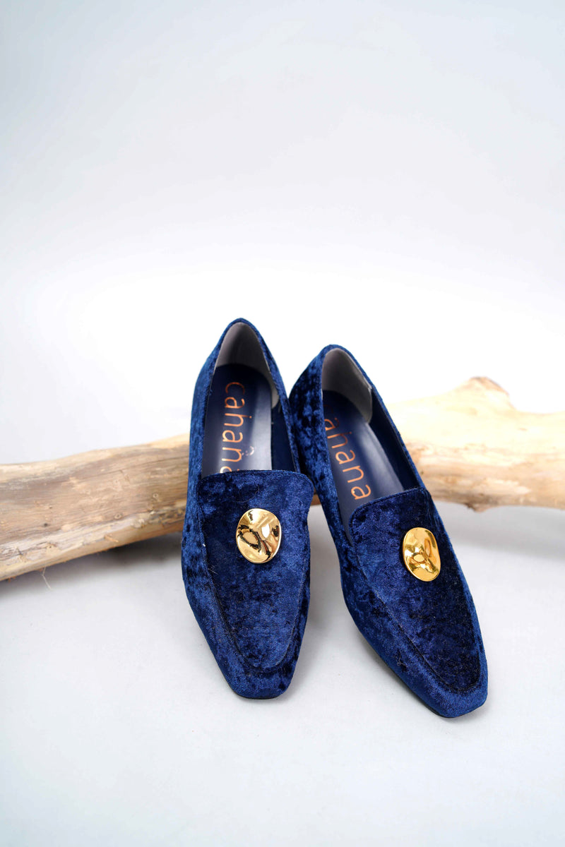 Navy velvet loafers w/ button