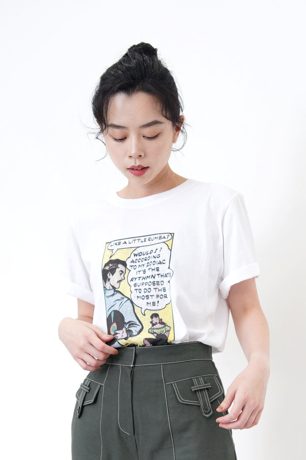 White tee top in vintage comics print