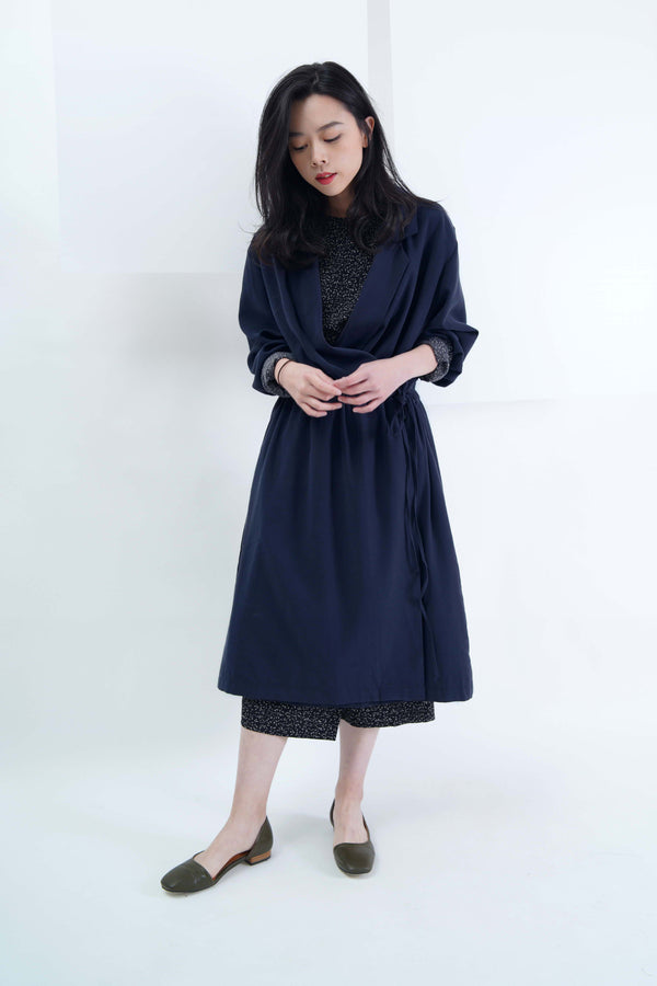Navy coat w/ waist drawstring