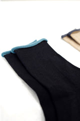 Contrast color rolling socks