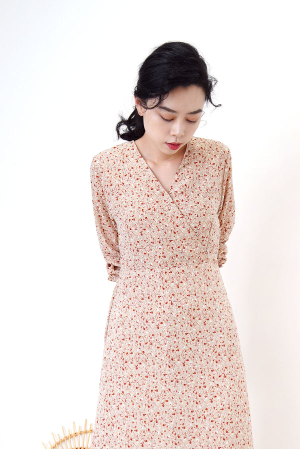 Beige v neck floral dress w/ waist string