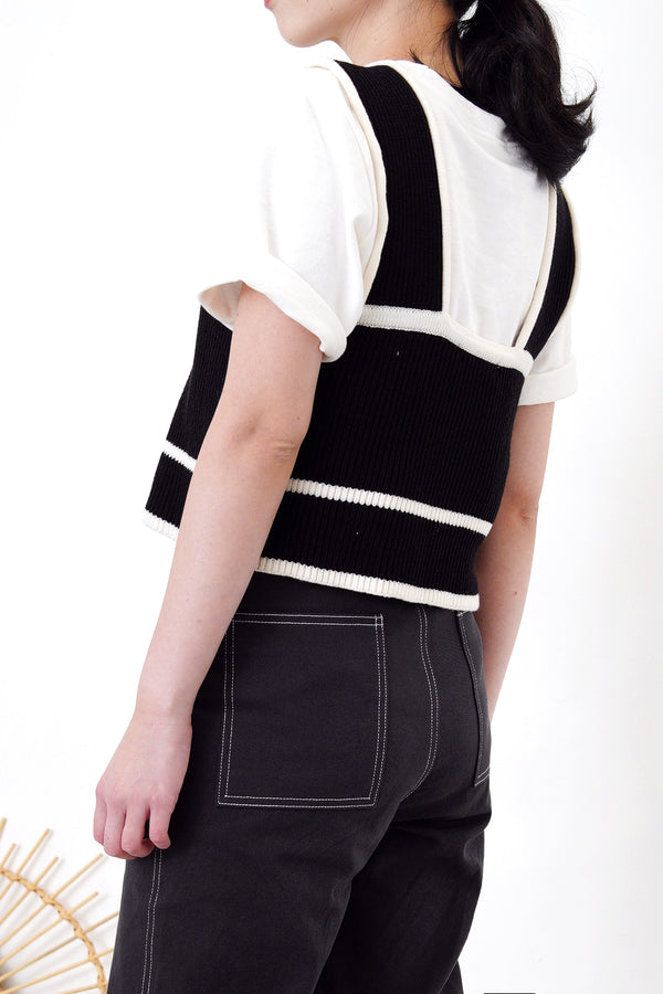 Black square neck knit vest