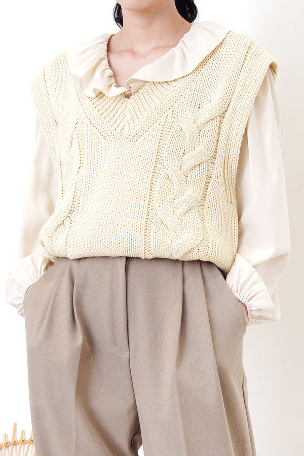 Ivory v neck knit vest in twist pattern