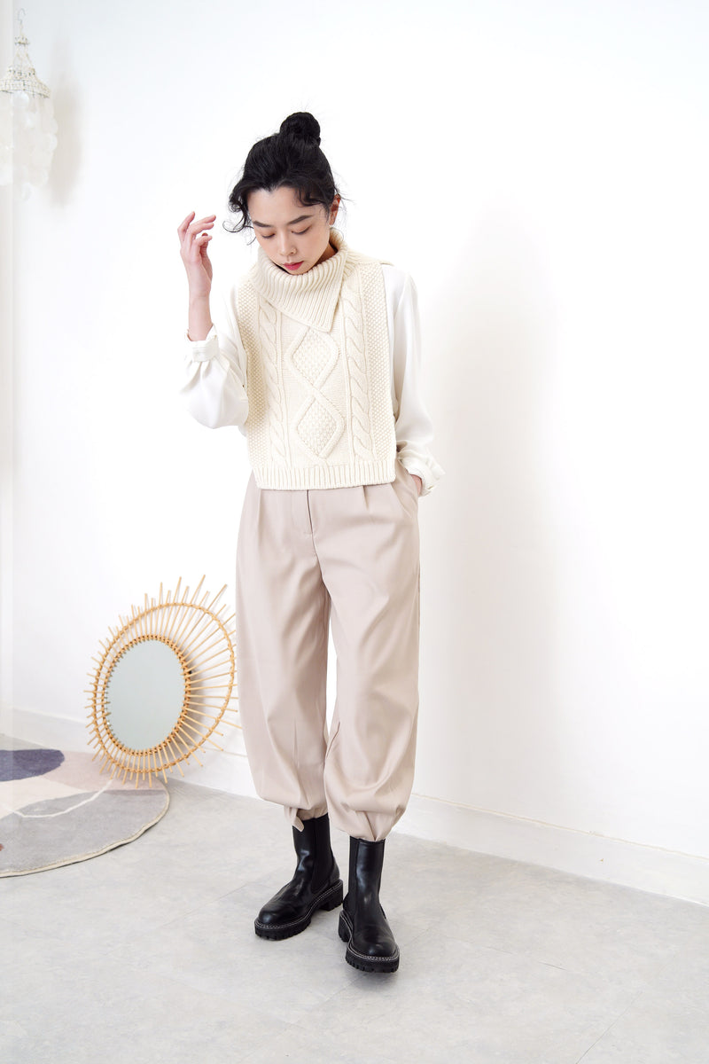 Ivory wool knit vest cape in turtle neck collar