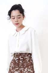 White premium shirt in layers peter pan collar