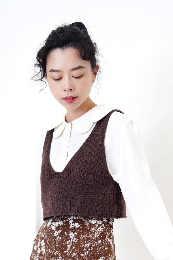 Choco brown knit vest in detail pattern