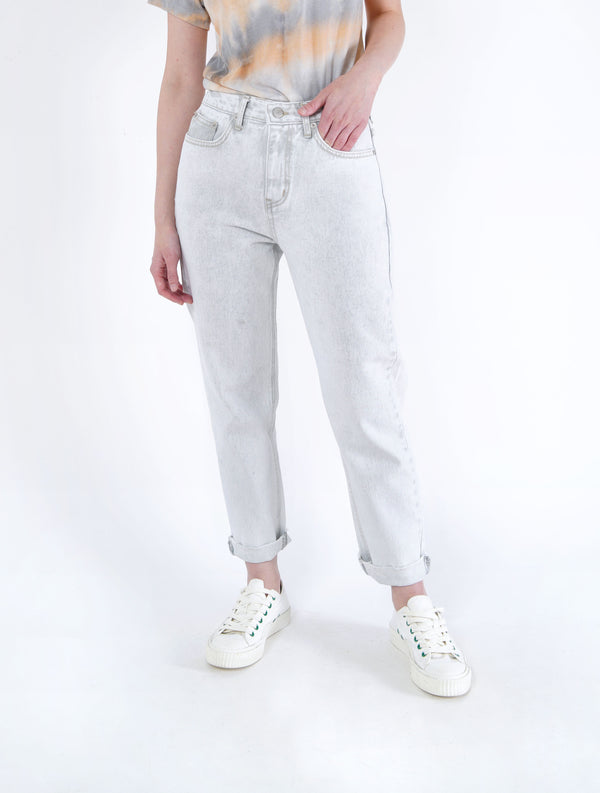 Off white wash out jeans in pencil cut
