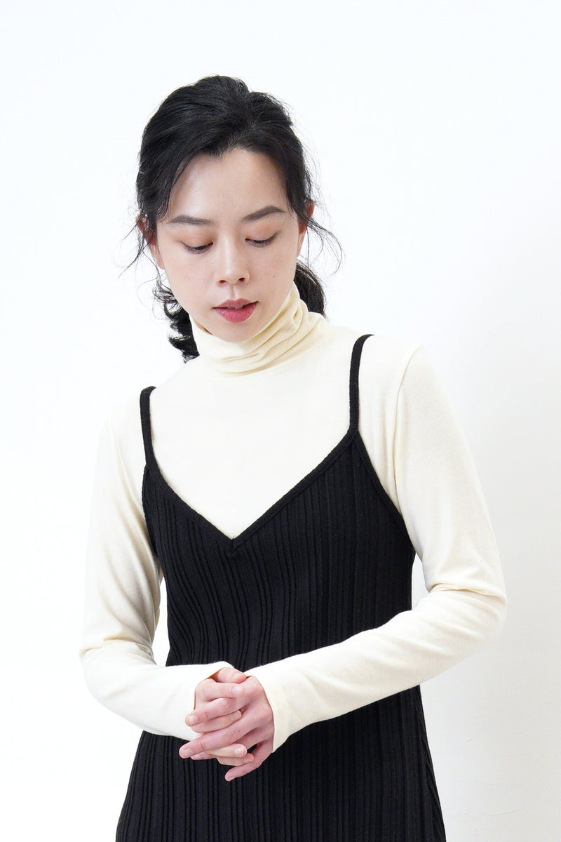 Ivory turtle neck cotton inner