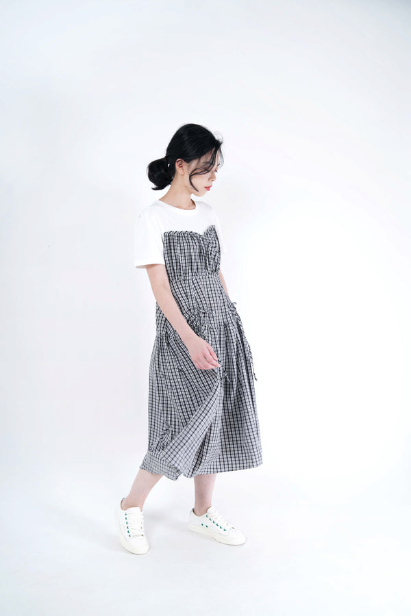 B/w checked dress w/ string details