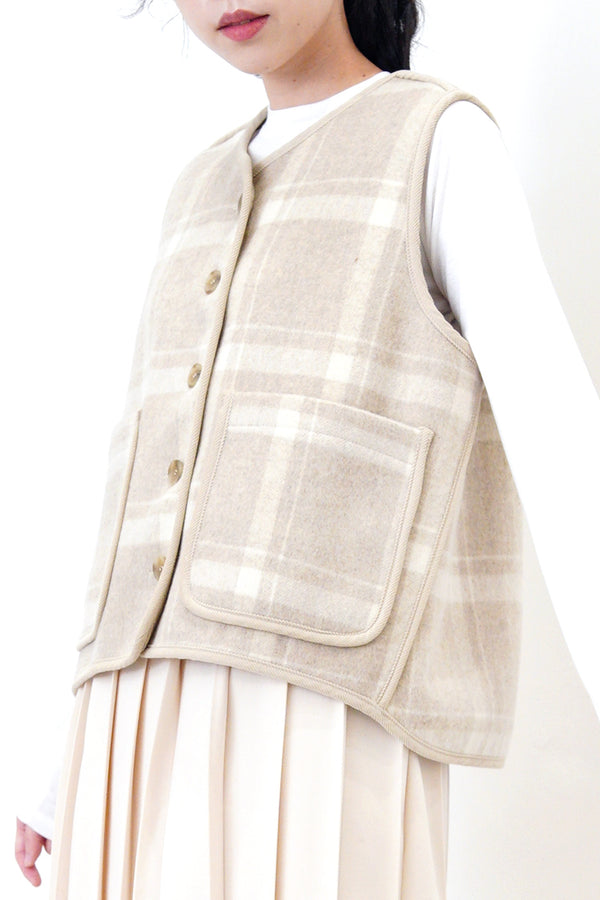 Double sided wool vest in checked pattern