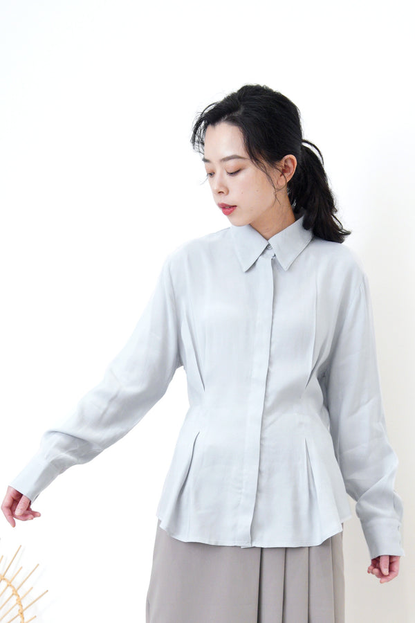 Grey blue soft shirt in elastic waist details