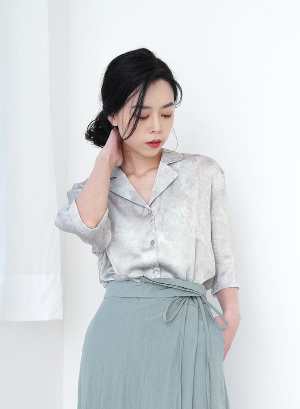 Grey premium smooth shirt in marble print