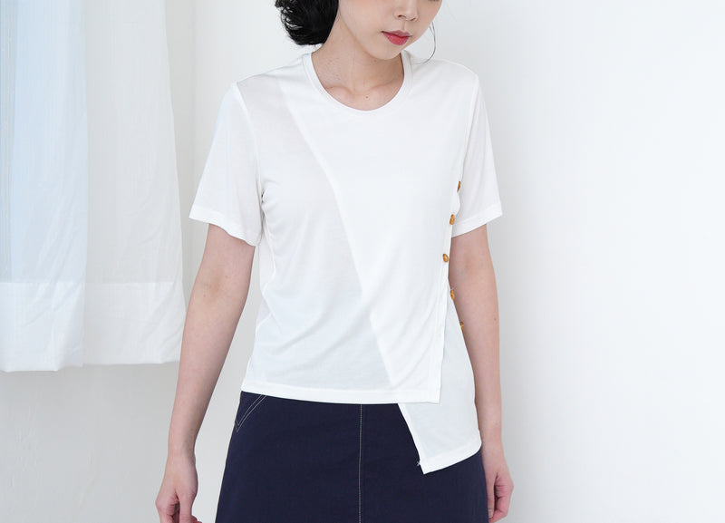 White tee top w/ asy. button details