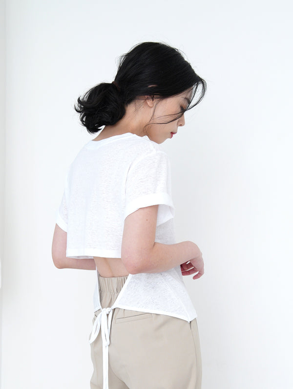 White tee top in detail cut out back